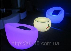 The shining furniture for restaurants.