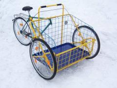 The cargo bicycle with console fastening of