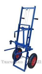 Apiary cart (apilift) TP-002 with the improved wheels.