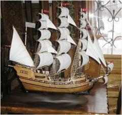 Модели кораблей и парусников от производителя.