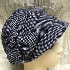 Женская кепка из шерстяной ткани с бантом св/серая