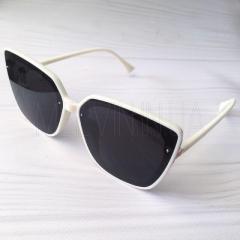 Солнцезащитные очки бабочки Dior реплика Черные в