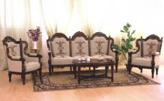 Комплекти мебели за холна стая