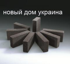 Isolatie onder het gips schuimglas, nieuwe huis, Oekraïne