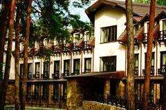 Экологический отдых в эко-отеле ШишкіNN