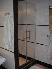 Двери для душа, дверь распашная стеклянная, зеркало, стекло для ванной комнаты