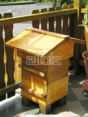 Beehives, Equipment for beekeeping