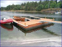 Pontoons are modular. Design and production of