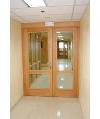 Interroom doors from glass