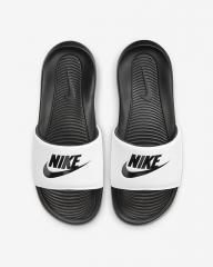 Тапочки Nike Victori One CN9675-005 46(30см)...