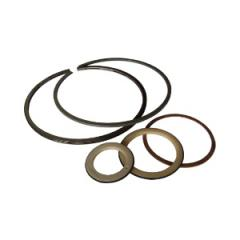 Piston and sealing rings, laying to a