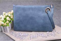 Женская сумка-клатч с ручкой в расцветках