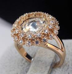Кольцо с кристаллами Swarovski IT421