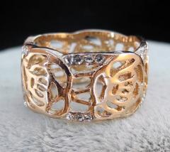 Кольцо позолоченное с камнями Swarovski