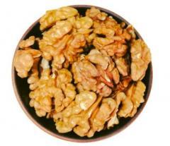 Грецкие орехи (бабочки) 100г