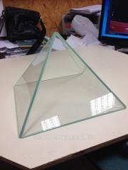 Пирамида из закаленного стекла