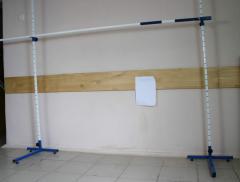 Стойки для прыжков в высоту в комплекте с планкой