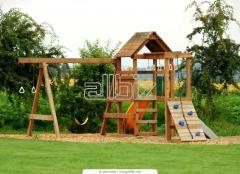 Детские площадки из натурального дерева.