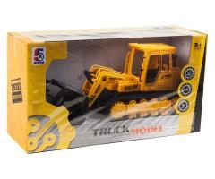 Трактор на радиоуправлении желтый