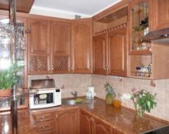Кухни из массив натурального дерева