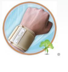 """Wristlet of """"Yew Kiev"""