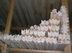 Corner wooden