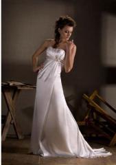 Свадебное платье со шлейфом, атласное