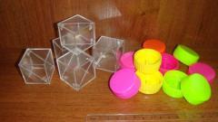 Toy parts (workpiece cubes, chips for desktop