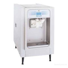Фризер для мягкого мороженогоTaylor 152.