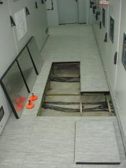 Raised floor for technical and industrial space
