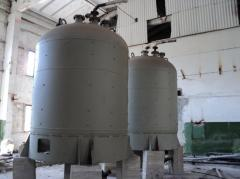 The capacities enameled on 10m.kub., 16m.kub., vertical (food)