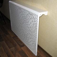 Декоративная решетка чугунного радиатора отопления