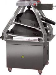 Dough rounding machine with operational adjustment