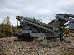 Mobile SM-740 crushing grading uni