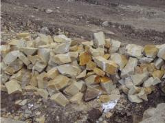 Stone wall from Yampolsky sandstone. A stone