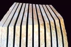 Камень с Ямпольского песчаника в слябах