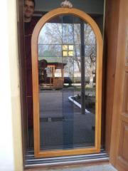 Titanyum nitrit cam pencere çerçevesi üzerinde yüklü ile kaplı model öğeleri
