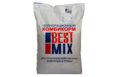 Compound feed for turkey poults, for turkey-cocks