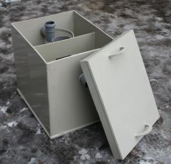 Zhiroulovitel from sheet polymeric materials