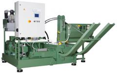 The briquetting machine of RUF 600 makes briquettes of 150 x 60 mm in size in the section (the German DIN 51731 standard)