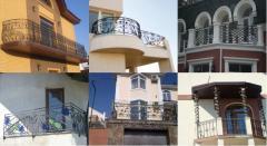 Shod balconies
