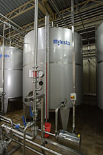 Capacities vodka, corrosion-proof for production,
