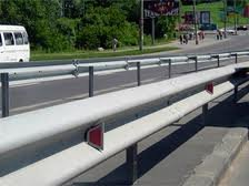 Road protection of barrier type of group 11DO-2