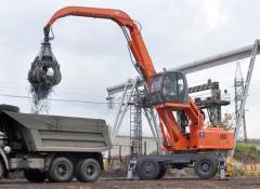 The hinged equipment on EK, ET excavators (Tver Excavator plant)