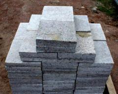 Stone in slabs, slabs.