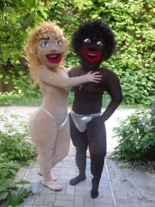 Life-size puppets the Blonde and the Black,