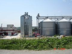 Silos for PETKUS grain storage
