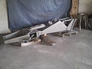 The manipulator to a kamnekolny hydraulic press