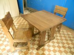 Стільці деревяні