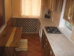 Столы ,кухни и др.изделия из дуба,ореха и др